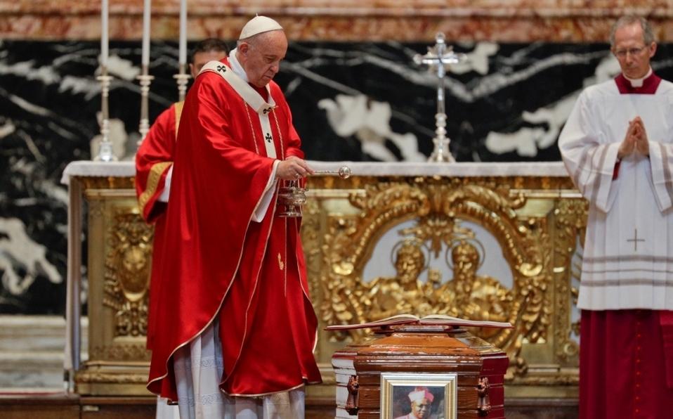"""Pieza movida: Discusión sobre la Iglesia procedente del tema """"Pregunta al Lector silente"""""""